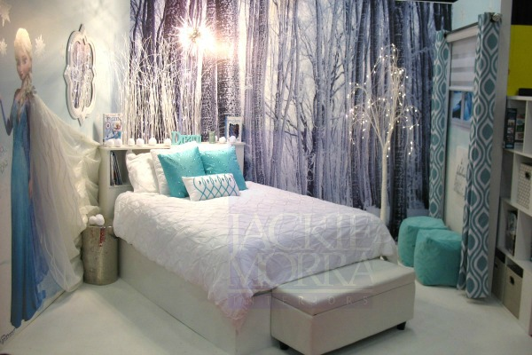 winter_wonderland_frozen_kids_bedroom_elsa