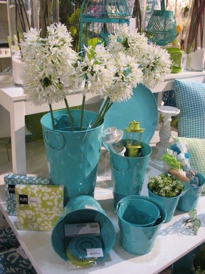 spring decor color